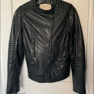 Women's black, leather Uterque jacket. Size small